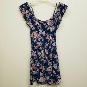 American Eagle Outfitters Dresses - Like New! AEO Floral Print Dress